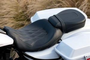 2012-CVO-Road-Glide-saddle